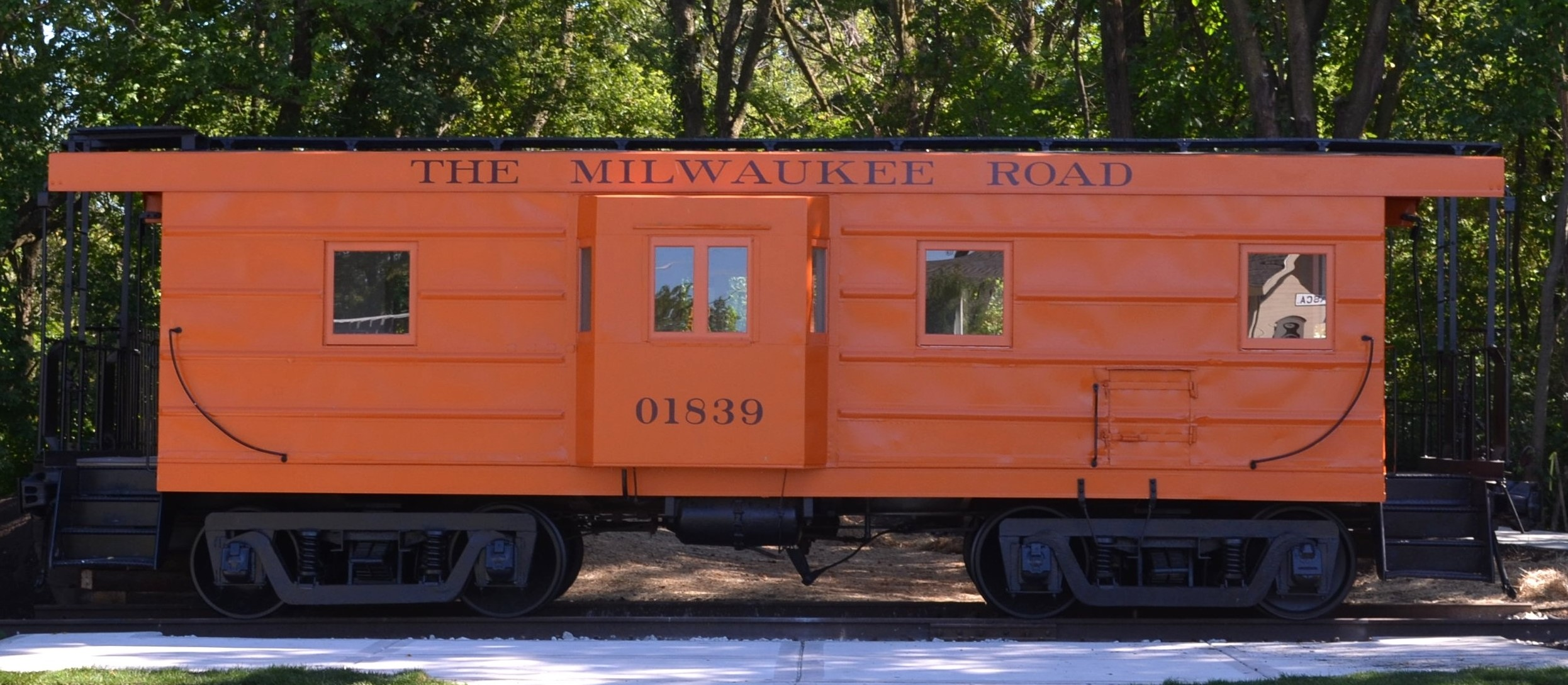 2013 9 Itasca Caboose complete cropped (2).jpg