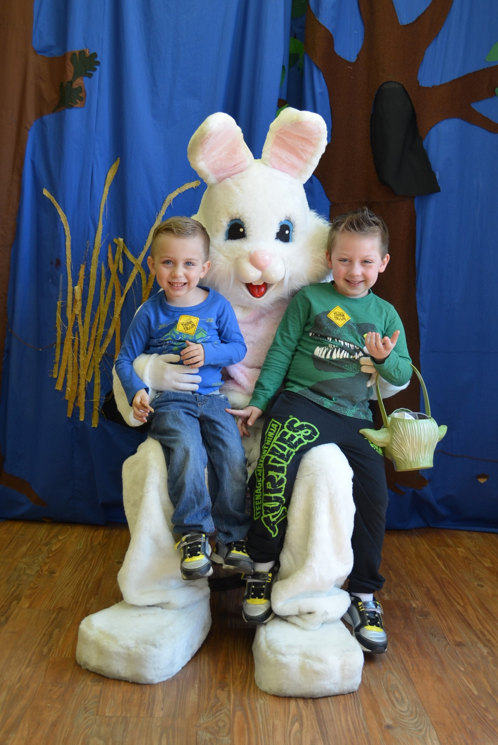 Easter Bunny with boys.JPG